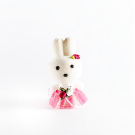 Заяц малиновый