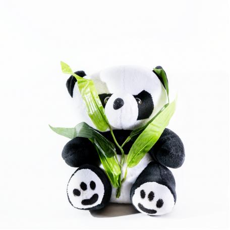 Панда маленькая с веточкой